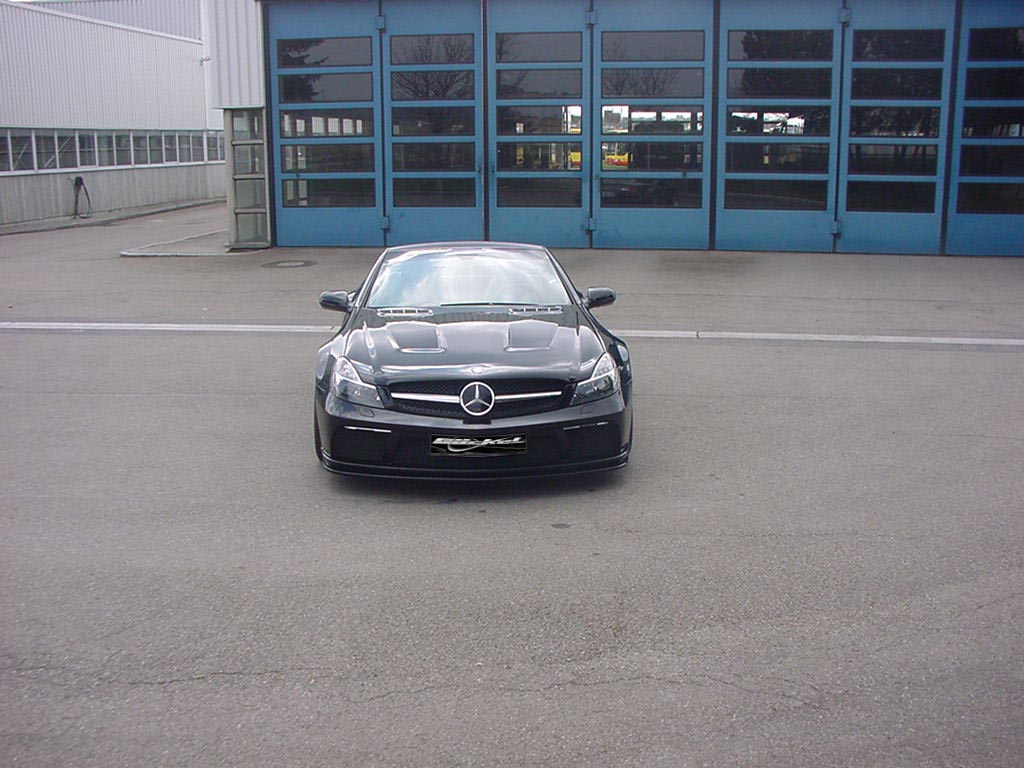 Facelift Black Series Look Front