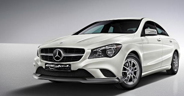CLA C117 Frontspoiler Mercedes Styling