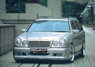 Heckverkleidung_Mercedes_E-Klasse_W210_Goeckel