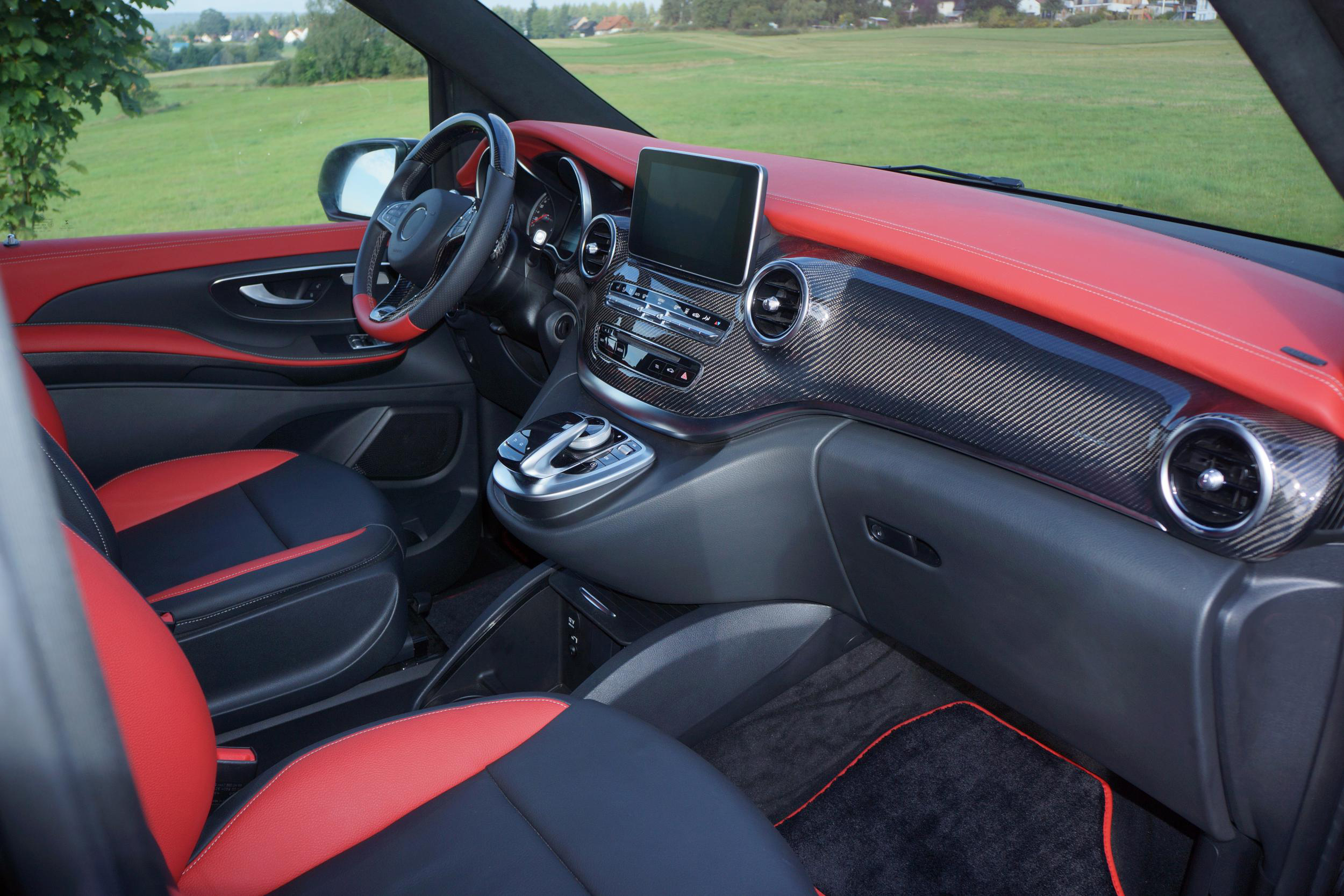 Mercedes tuning mercedes styling v klasse mercedes benz for Interieur v klasse
