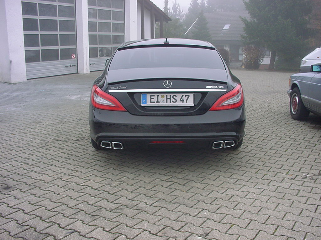 CLS W218  AMG 63 Sportendrohre
